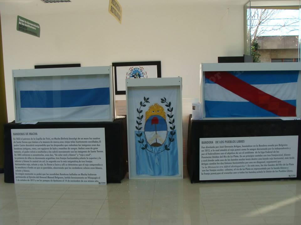 """Totoras: Promesa a la Bandera y Apertura de la Muestra """"Las Banderas de Belgrano"""""""