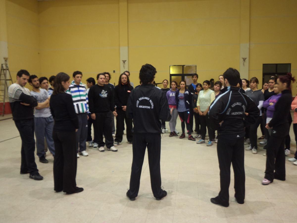 Con total éxito se desarrolló la capacitación con bailarines del Ballet Folclórico Nacional