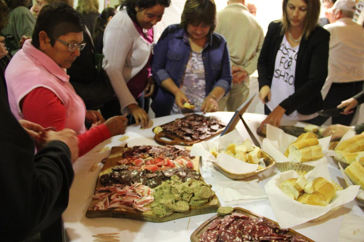El sabor de los pueblos abrió las puertas del Cabildo Cultural Santafesino