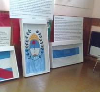 """""""Las Banderas de Belgrano"""" se exponen en Los Cardos"""