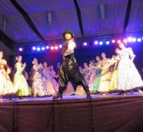 Villa Eloísa: Más de mil personas de toda la región disfrutó del Ballet Folklórico Nacional