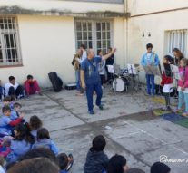 La Banda Comunal de Música de Salto Grande, realizó una muestra en la Escuela N° 241