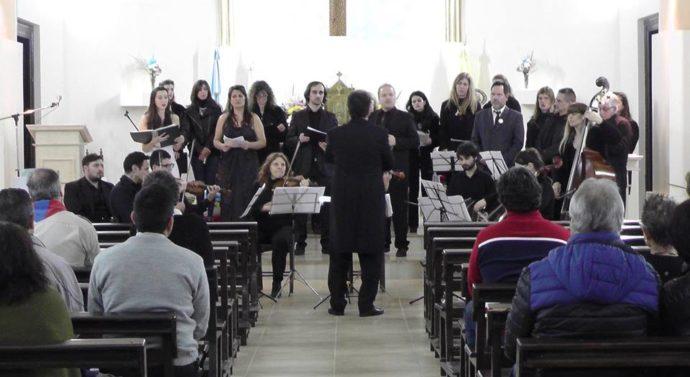 """Se presentó en Centeno """"Recen por mí"""", la obra dedicada al Papa Francisco"""