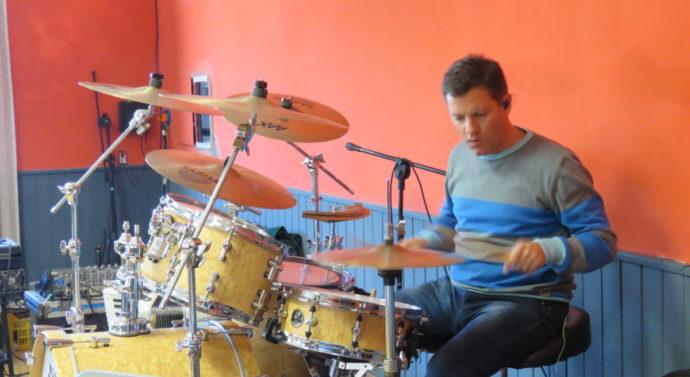 El baterista de Jorge Rojas capacitó a toda una región junto al Ente Cultural Santafesino