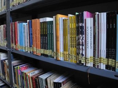 "Oliveros: Llega la Gran Feria del Libro a la Biblioteca ""José Pedroni"""