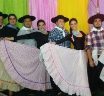 Puerto Gaboto: Primer Festival de canto y danzas folclóricas del Taller Atahualpa