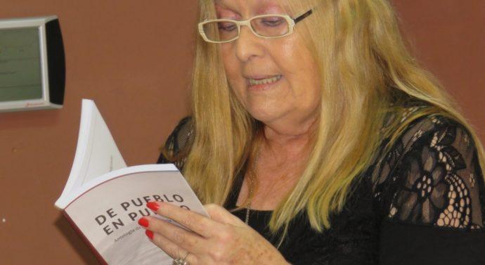 """En Ricardone se hicieron entrega de los libros """"De Pueblo en Pueblo"""" y """"Clave de Cuento 2017"""""""