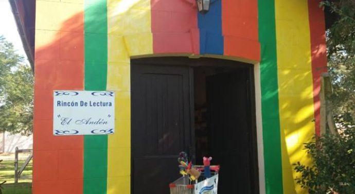 """San Jorge: El """"Changuito de Lectura"""" inicia su recorrido por las entidades educativas"""