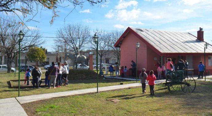 Tarde de juegos y tradiciones en el Museo Municipal de El Trébol