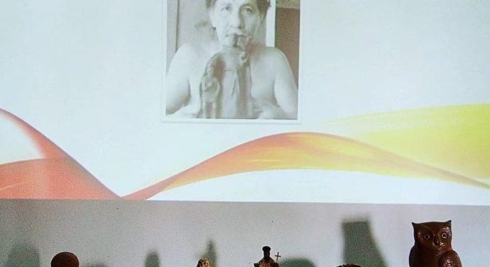 Monje disfruta de la muestra del sanjavierino Néstor Lanche: «Arte Aborigen»