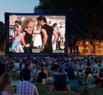 Monje estrena sus noches de cine y picnic al aire libre