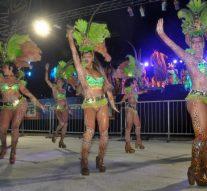 Sastre vivió otra sensacional noche de Carnaval