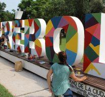 """El Trébol: Se intervino el """"Monumento a las letras"""""""