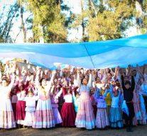 Con una multitud, Sastre festejó sus fiestas patronales
