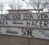 El Grupo Nueva Oportunidad  de Totoras plasma su «acción poética» en la ciudad