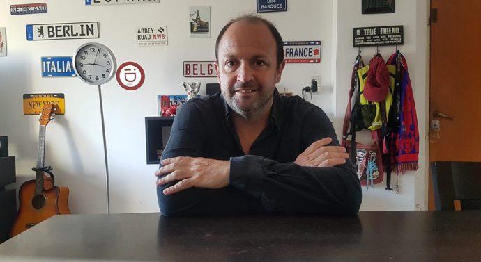 """Francisco Díaz de Azevedo presenta su primer libro sobre su experiencia en """"El Camino de Santiago"""""""