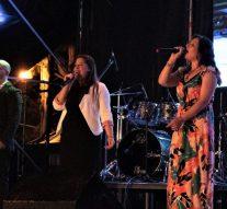 Las Parejas: El público acompañó los buenos espectáculos en la primera noche de la PYME