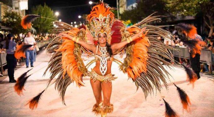 Dónde y cuándo hay carnavales este fin de semana