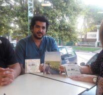 El poeta, cantante y compositor Mario Alessandrini se fue de gira