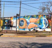 Roldán: Intervención urbana para transformar muros y paredones en obras de arte