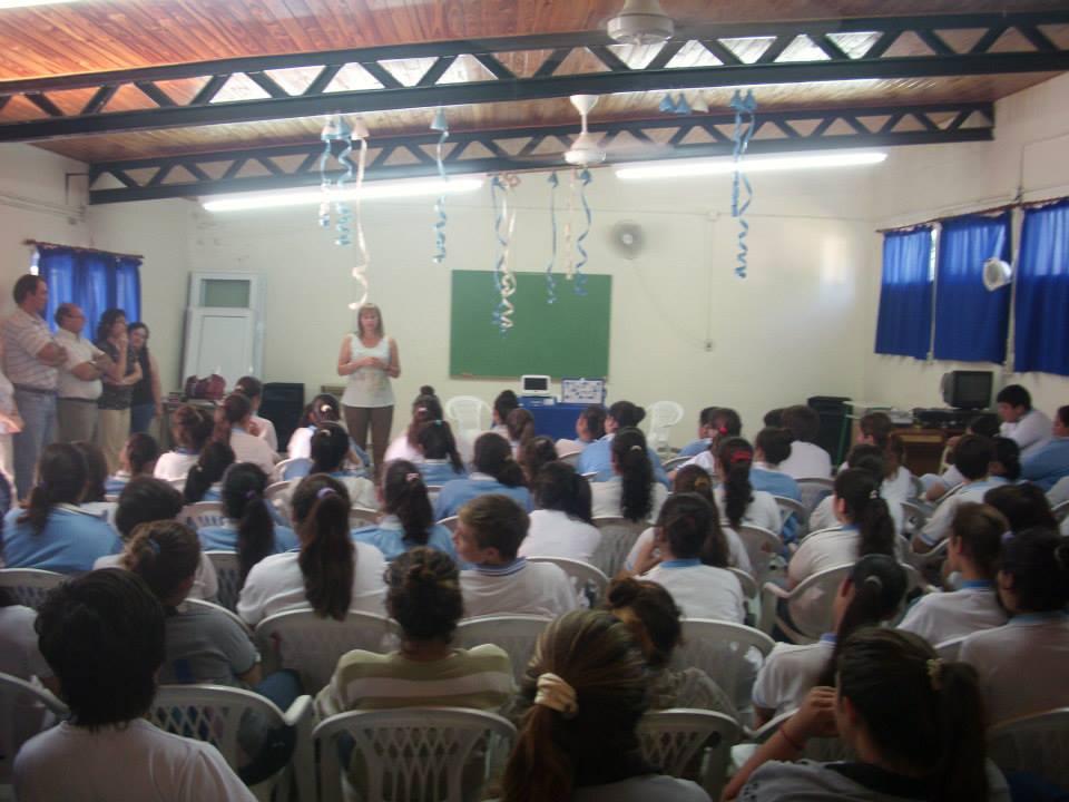 Colonia Aldao: Entrega de netbooks del Programa Conectar Igualdad.