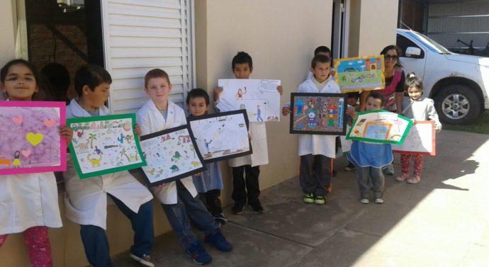 «Colores para jugar» inició su recorrido provincial por la comunidad de «Bauer y Sigel»