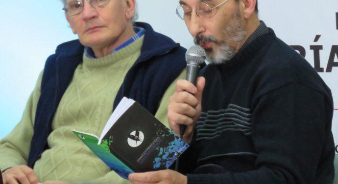 Los «Francotrinadores Santafesinos» inundaron de poesía a la noche de María Juana
