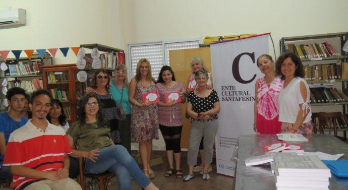 En Moisés Ville se entregaron los libros «Clave de Cuento» y «De Pueblo en Pueblo»