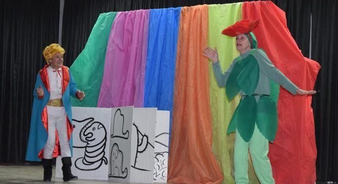 El Grupo de Teatro «Puertas abiertas» se presentó en Lehmann
