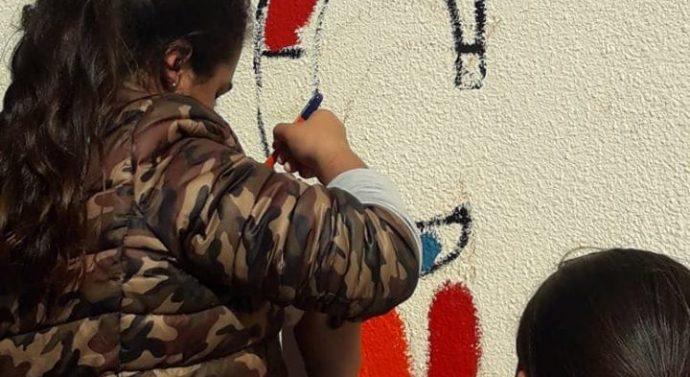 En la comunidad de La Pelada se pintó un nuevo «Faro de Campo»