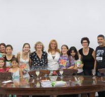 Llegaron a Esperanza los libros «Clave de Cuento» y «De Pueblo en Pueblo»