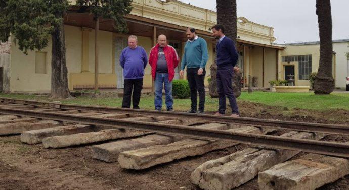 Ramona recupera las vías del tren a vapor que la unía con Rafaela