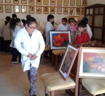 """Alumnos y vecinos de Gödeken visitaron la Muestra """"Colores y Arte"""""""