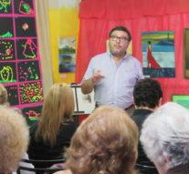 El Prof. Victor Carrivale disertó en Zavalla en el marco de «Forma y Color»