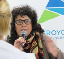 Olga Migno visitó Villa Constitución y Arroyo Seco junto a la obra de su padre