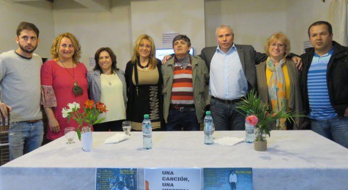 """Wheelwright: En conferencia de prensa se presentó el disco de Mario """"Minino"""" Acosta"""
