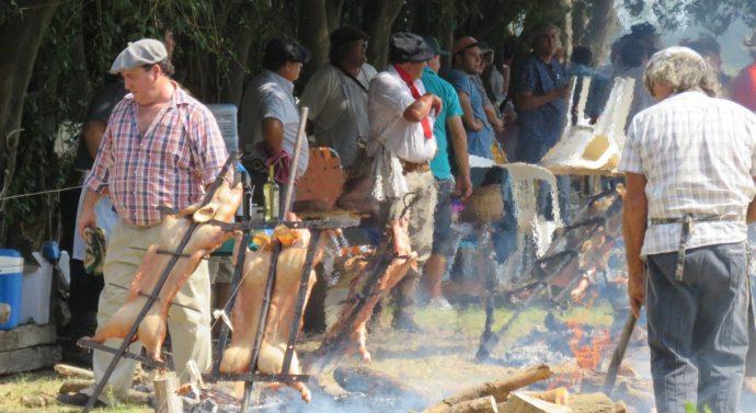 Villa Mugueta desarrolló con total éxito su 2° Fiesta Provincial del Lechón a la Estaca