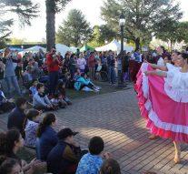 """Con total éxito se presentó el Ballet de """"Peña El Amanecer"""" de Correa en Zavalla"""