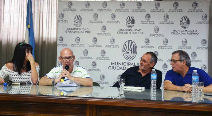 Jorge Vitti presentó su libro en Rufino