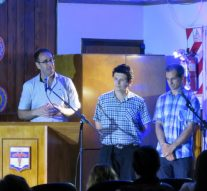 La «Fiesta de los Pueblos» arrancó en Acebal en una noche emotiva