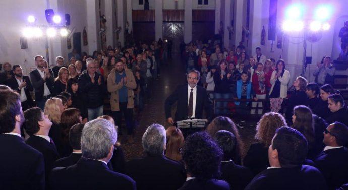 Imponente cierre del Coro Nacional de Ciegos en Arroyo Seco.