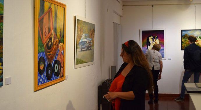 Se inauguró la Muestra de Patricia Cucioletta y el Taller de Arte
