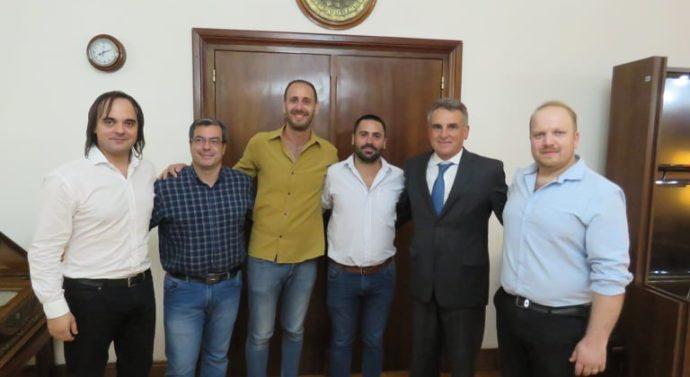 El Ministro de Defensa Agustín Rossi recibió al Ente Cultural Santafesino
