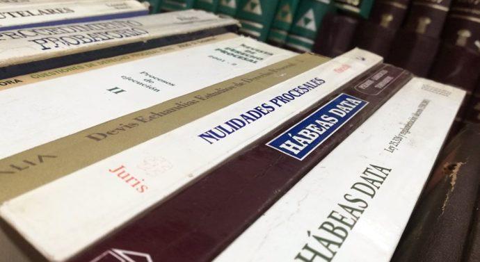 Rufino: Importante donación de libros