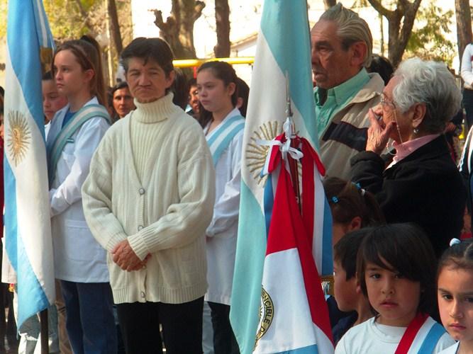 Acto y desfile en homenaje al General San Martín