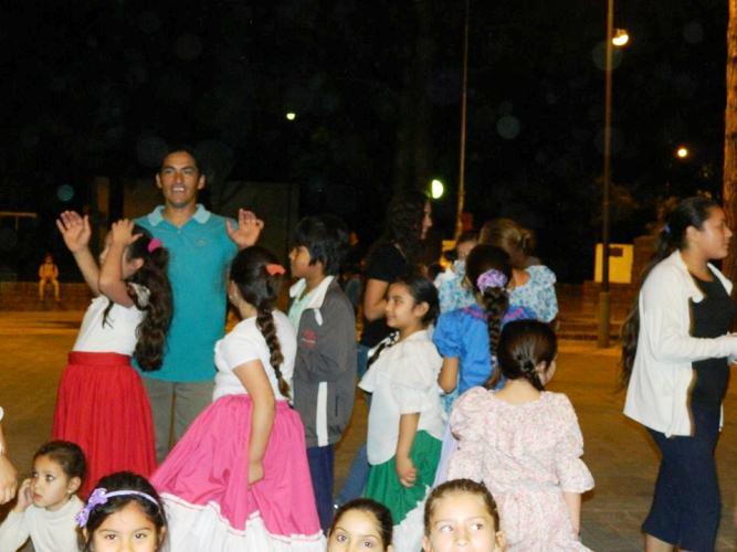 San José del Rincón: entre pañuelos y sapucay se vivió el Día de la Tradición