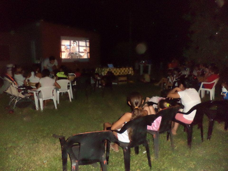 Santa Rosa de Calchines: «Cine en los Barrios»