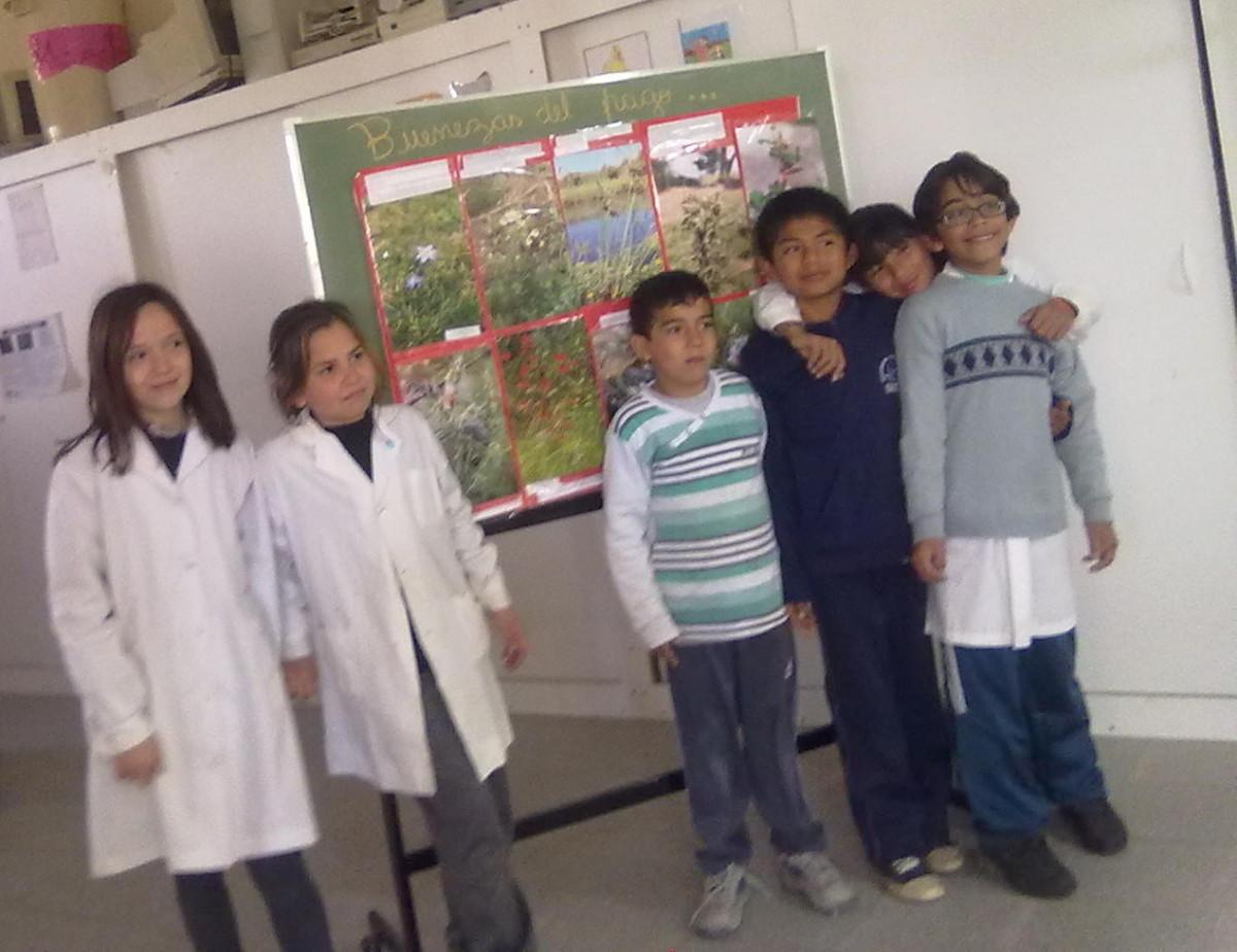 Escuelas de Arroyo Leyes disfrutaron de «Buenezas de mi pago»