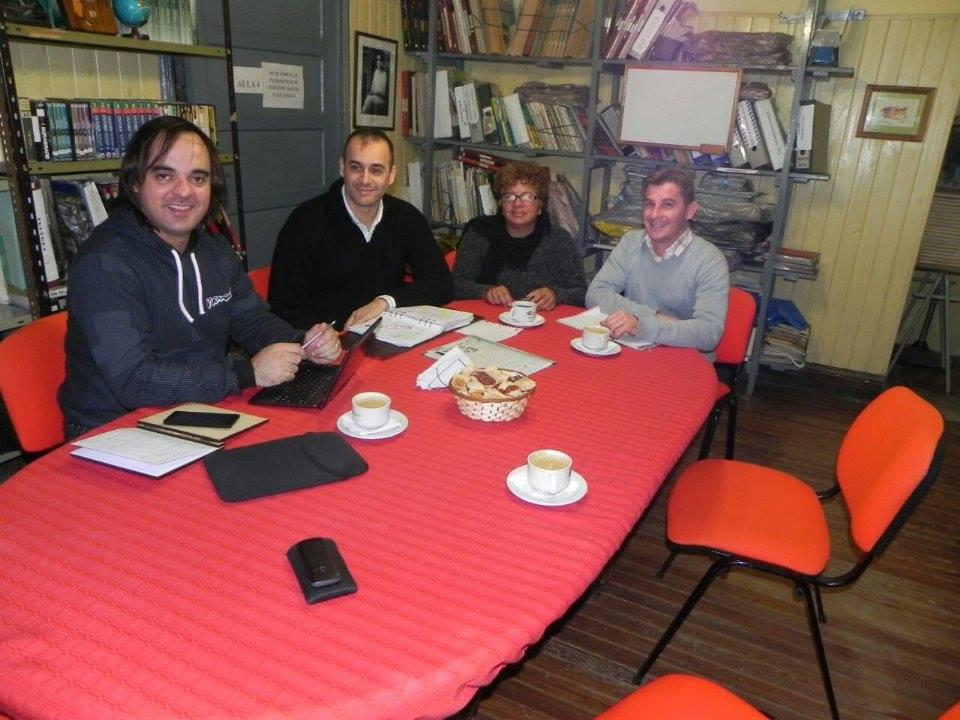 Los integrantes de la Usina Cultural IV se reunieron en Recreo