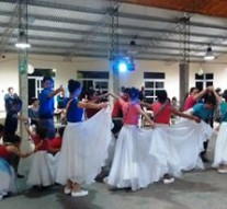 """""""Velada de Danzas del Grupo Mainumbi"""" en Arroyo Leyes"""